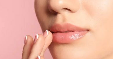 Natural Remedies For Glowing Lips In Marathi