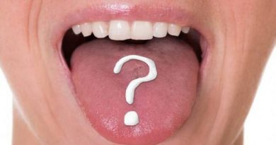 Identify signs of body problems from the tongue