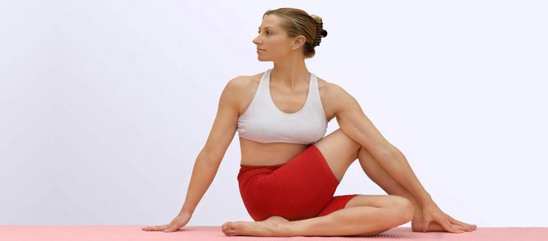 Ardhamatsyendrasana Yoga In Marathi